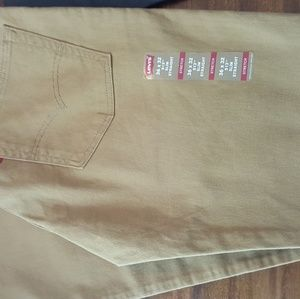 NWT Men's Levi Jeans TAN